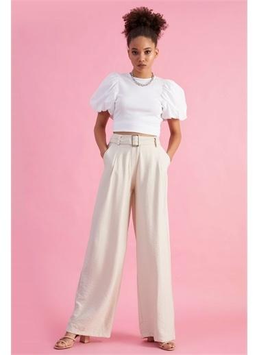 Z Giyim Kadın  Bej  Yüksek Bel Dökümlü Kemerli Pantolon Taş